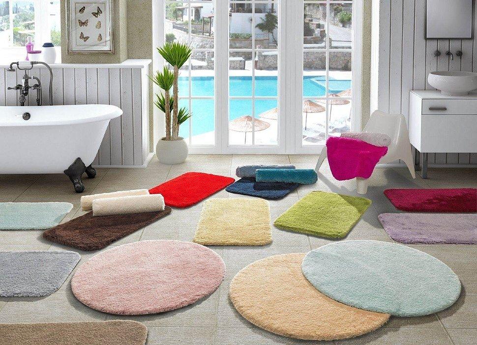 Сейчас существует большой ассортимент ковриков для ванной комнаты