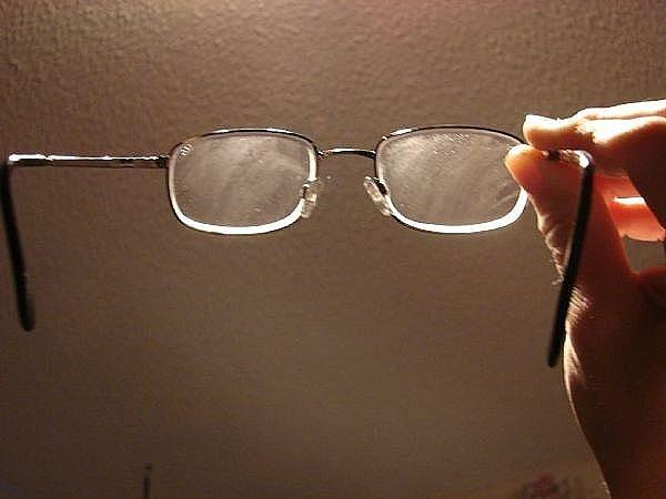 Как протирать очки